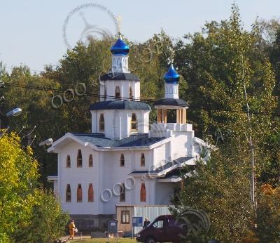 Изготовление и монтаж куполов с крестами для храма Сретения Господня